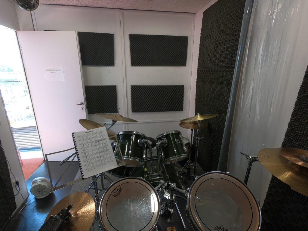Schlagzeugunterricht in der Messestadt Riem